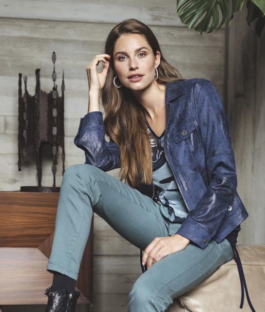 W21 143 Megan top, W21 113 Trapy jacket, W21 105 Dallo pants