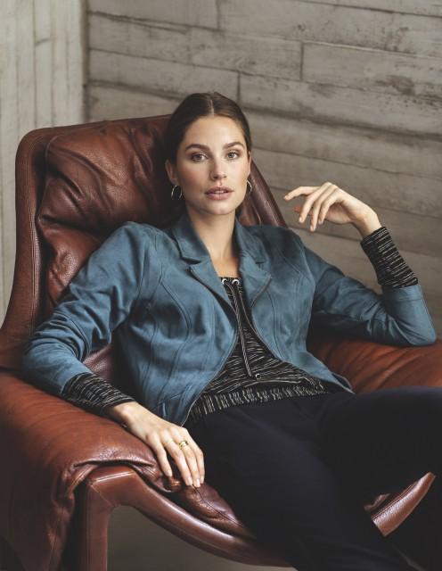 W21 216 Wieke sweater, W21 201 Ybaris jacket, W21 206 Flairo pants